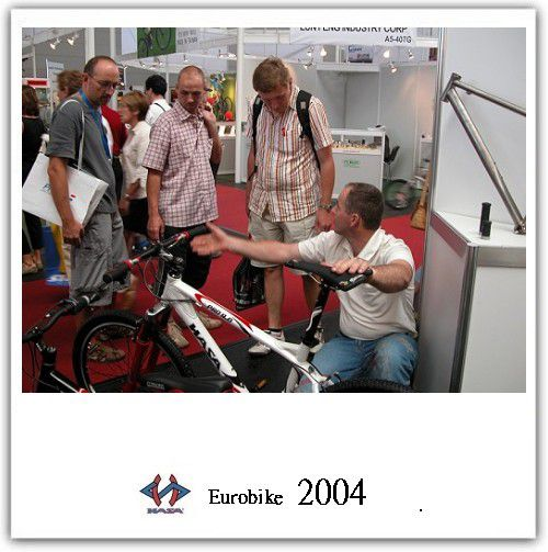 proimages/Exhibition/EUROBIKE_2004/06.jpg