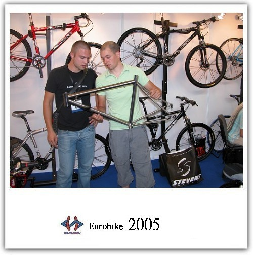 proimages/Exhibition/EUROBIKE_2005/03.jpg